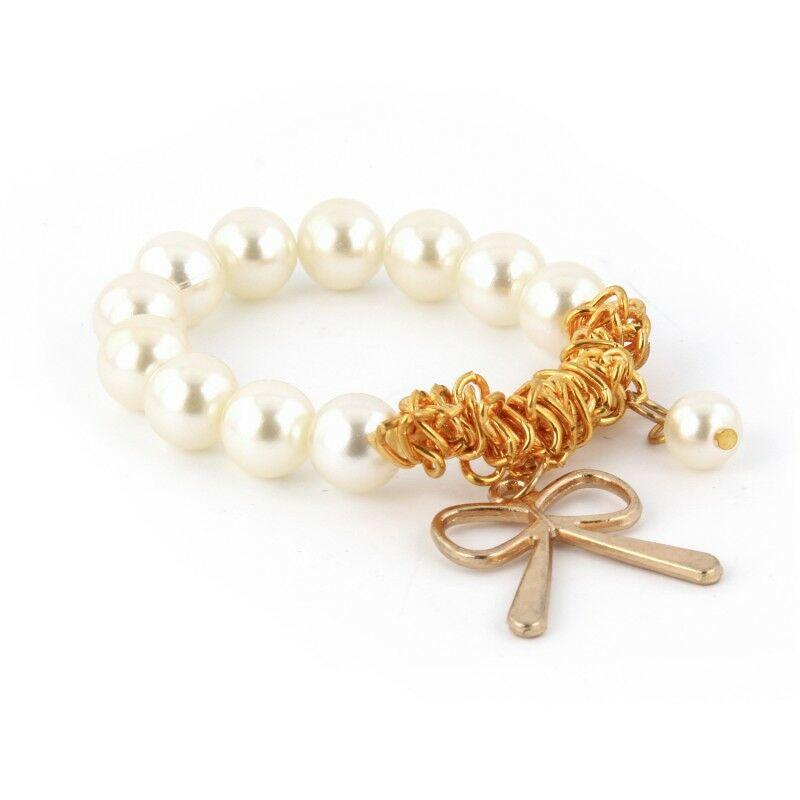 Gyöngyös charm karkötő - fehér